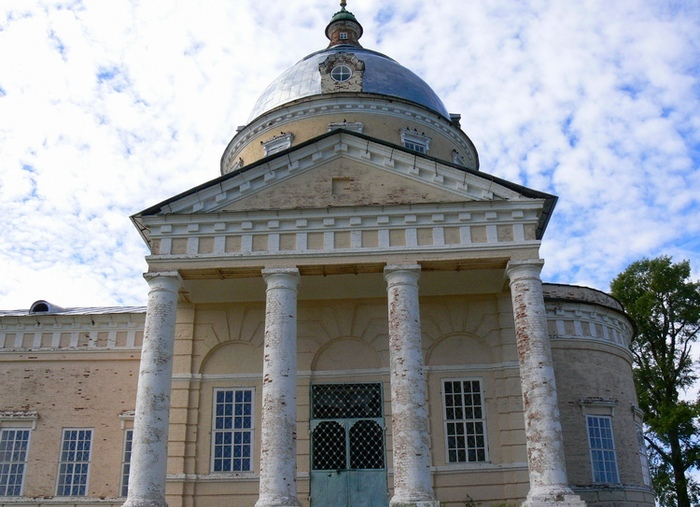 Село Великорецкое. Николаевская церковь